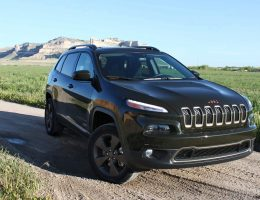 2016 JEEP CHEROKEE Latitude 75th Anniversary Edition – Review By Tim Esterdahl