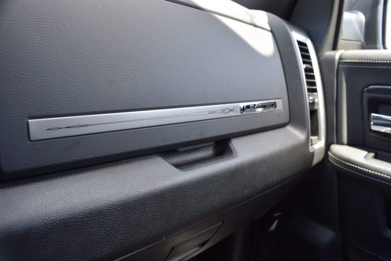 2016 RAM Limited Interior Black 7