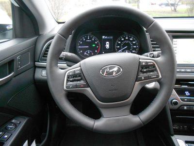 2017 Hyundai ELANTRA Limited 12