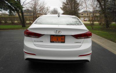 2017 Hyundai ELANTRA Limited 8