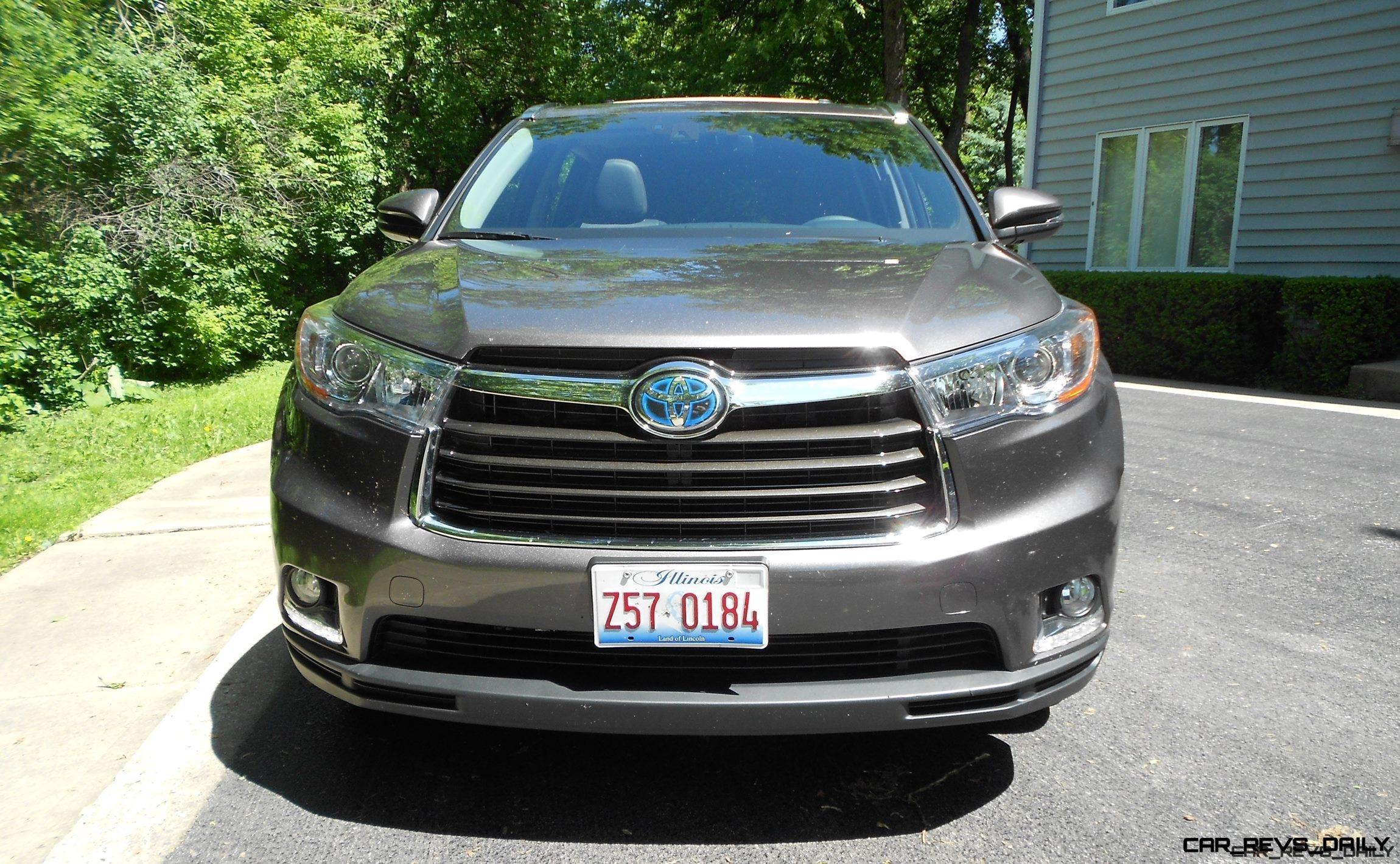 2016 Toyota Highlander Hybrid Limited - Road Test Review