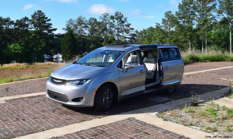 2017 Chrysler PACIFICA Limited- EXTERIOR 15
