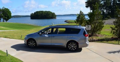 2017 Chrysler PACIFICA Limited- EXTERIOR 44