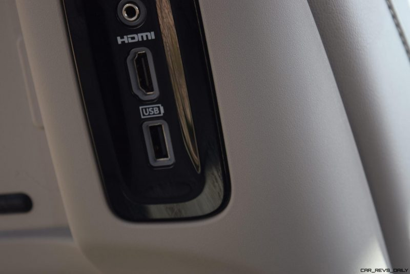 2017 Chrysler PACIFICA Limited- Interior 14