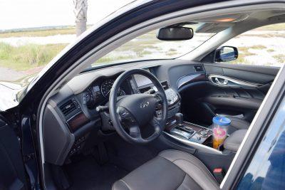 2016 INFINITI Q70L Interior 10
