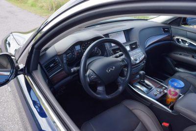 2016 INFINITI Q70L Interior 7