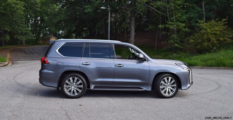 2016 Lexus LX570 - Exterior Photos 20