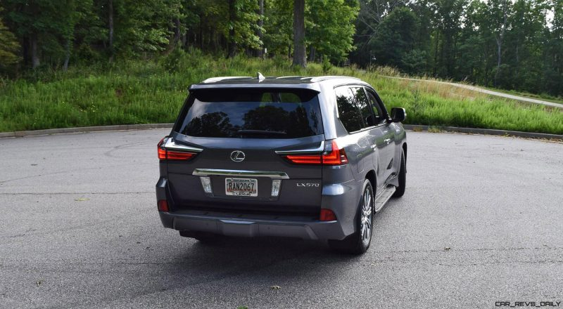 2016 Lexus LX570 - Exterior Photos 28