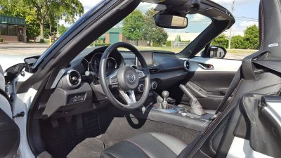 2016 Mazda MX-5 Miata Grand Touring 11