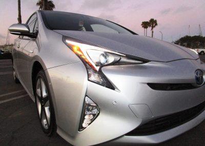 2016 Toyota Prius Four Touring 8