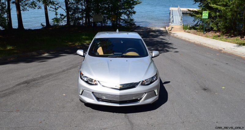 2017 Chevrolet VOLT Premier 10