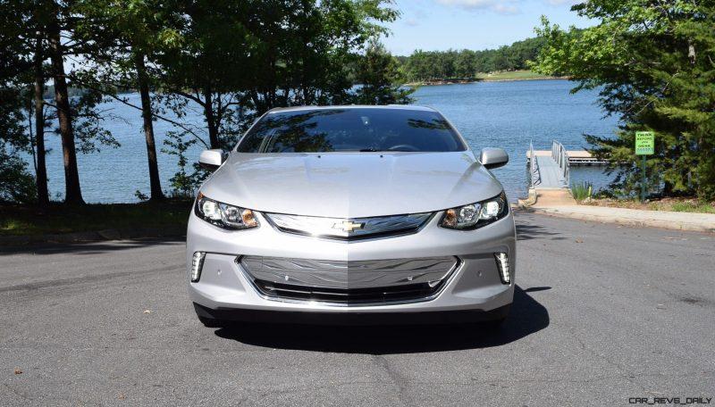 2017 Chevrolet VOLT Premier 16