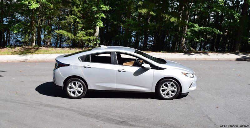 2017 Chevrolet VOLT Premier 3