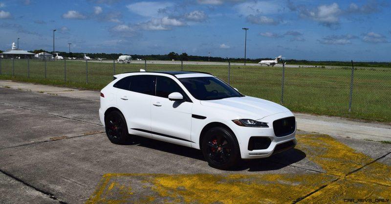 2017 Jaguar F-Pace S - White Exterior  107