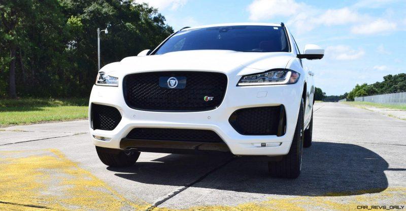 2017 Jaguar F-Pace S - White Exterior  131