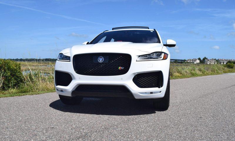 2017 Jaguar F-Pace S - White Exterior  27