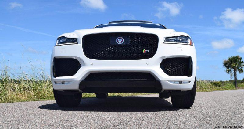 2017 Jaguar F-Pace S - White Exterior 29