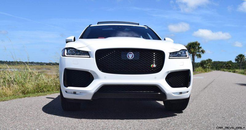 2017 Jaguar F-Pace S - White Exterior 30