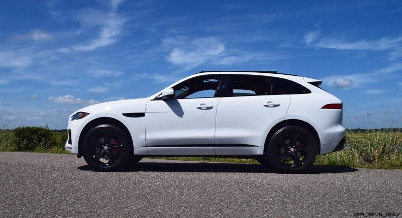 2017 Jaguar F-Pace S - White Exterior  33