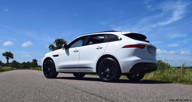2017 Jaguar F-Pace S - White Exterior  35