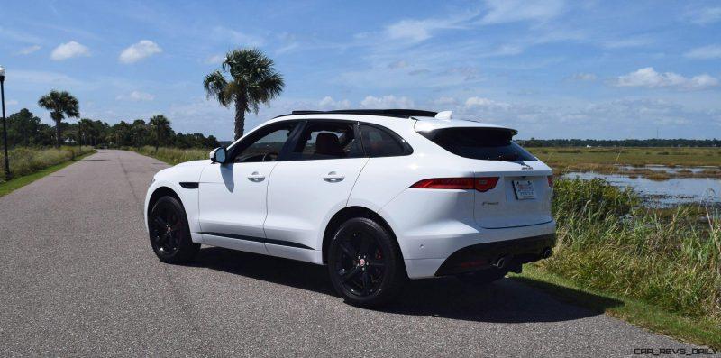 2017 Jaguar F-Pace S - White Exterior 36