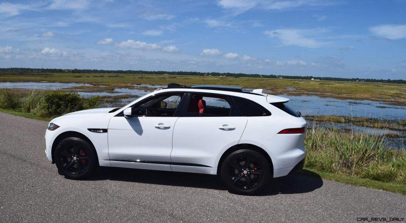 2017 Jaguar F-Pace S - White Exterior  45