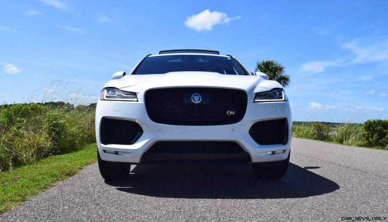 2017 Jaguar F-Pace S - White Exterior 60