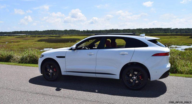 2017 Jaguar F-Pace S - White Exterior  74