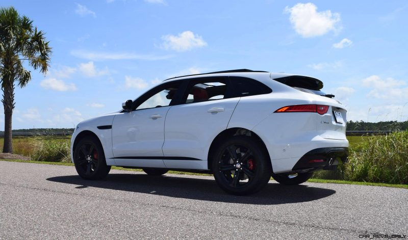 2017 Jaguar F-Pace S - White Exterior 76