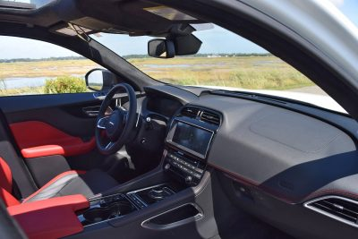 2017 Jaguar F-Pace S - White Exterior 83