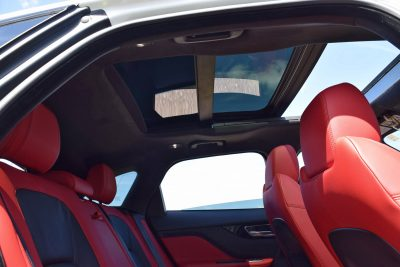 2017 Jaguar F-Pace S - White Exterior  88