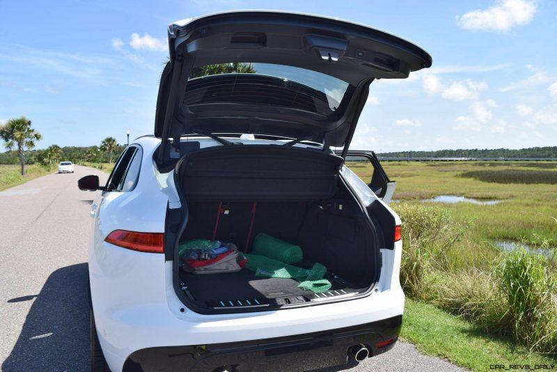 2017 Jaguar F-Pace S - White Exterior  89