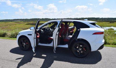 2017 Jaguar F-Pace S - White Exterior 90