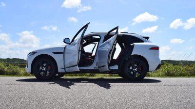 2017 Jaguar F-Pace S - White Exterior 93