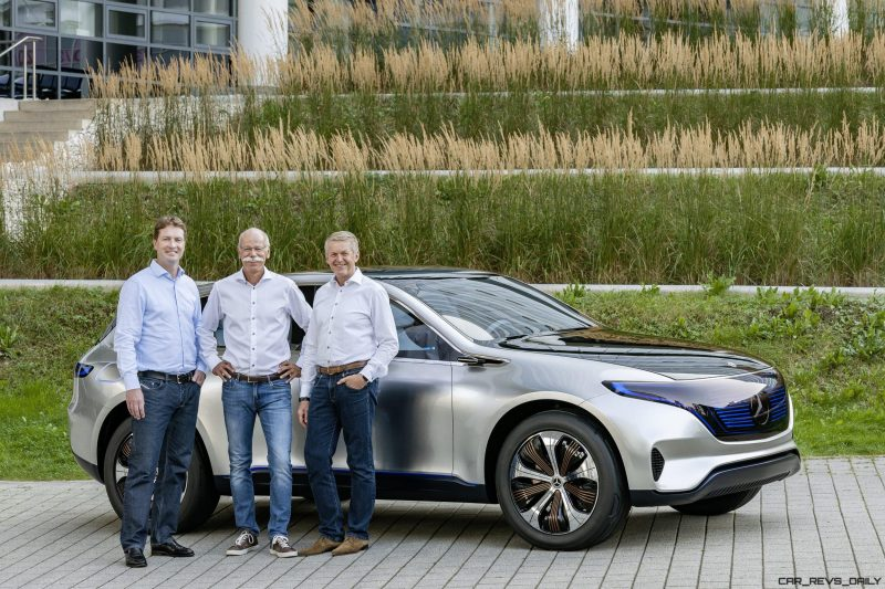 Ola Källenius, Vorstandsmitglied der Daimler AG, Mercedes-Benz Cars Vertrieb, Dr. Dieter Zetsche, Vorsitzender des Vorstands der Daimler AG und Leiter Mercedes-Benz Cars und Prof. Dr. Thomas Weber, Vorstandsmitglied der Daimler AG, Konzernforschung und Mercedes-Benz Cars Entwicklung am Generation EQ ; Ola Källenius, Member of the Board of Management of Daimler AG, Mercedes-Benz Cars Marketing & Sales, Dr. Dieter Zetsche, Chairman of the Board of Management of Daimler AG and Head of Mercedes-Benz Cars and Prof. Dr. Thomas Weber, Member of the Board of Management of Daimler AG, Group Research and Mercedes-Benz Cars Development with the Generation EQ;