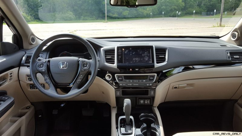 2017 Honda Ridgeline AWD RTL-E 16