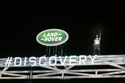 bear-grylls-poses-on-top-of-world-record-breaking-lego-structure-of-londons-tower-bridge-at-global-unveiling-of-the-new-land-rover-discovery-at-packington-hall-solihull-uk
