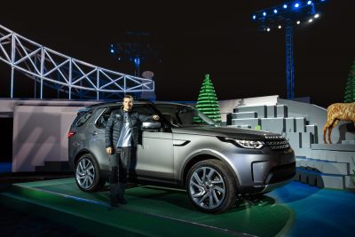 bear-grylls-poses-with-the-new-land-rover-discovery-at-global-unveiling-at-packington-hall-solihull-uk