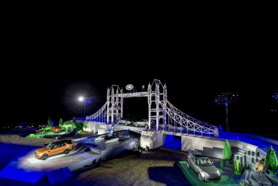land-rover-unveils-the-new-discovery-at-global-unveiling-at-packington-hall-solihull-uk-alongside-world-record-breaking-lego-structure-of-londons-tower-bridge
