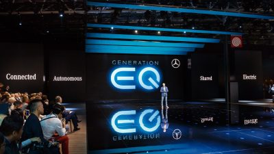 Mercedes-Benz und smart auf dem Autosalon Paris 2016. Dr. Dieter Zetsche, Vorstandsvorsitzender der Daimler AG und Leiter Mercedes-Benz Cars präsentiert das Showcar Generation EQ. ; Mercedes-Benz and smart at the Paris Motor Show 2016. Dr. Dieter Zetsche, Chairman oft he Daimler Board of Management and Head of Mercedes-Benz Cars presents the Mercedes-Benz Showcar Generation EQ.;