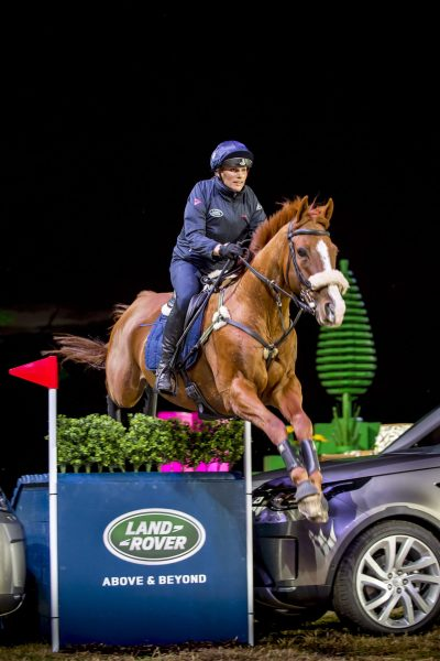 zara-phillips-performs-a-jump-at-the-reveal-of-the-new-land-rover-discovery-packington-hall-solihull