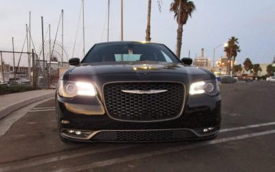 2016-chrysler-300s-1