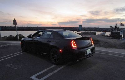2016-chrysler-300s-6