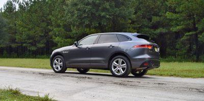 2016-jaguar-f-pace-35t-r-sport-46