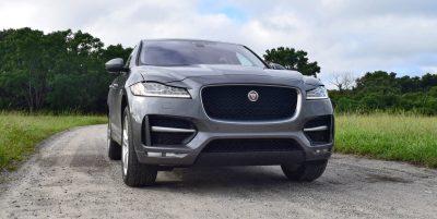 2016-jaguar-f-pace-35t-r-sport-91