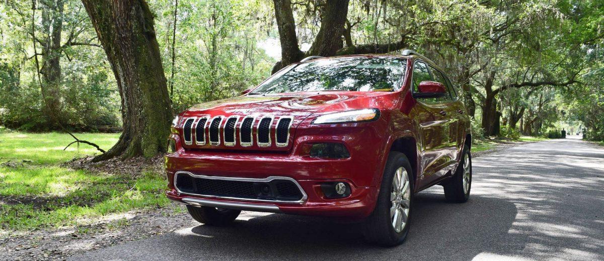 2016-jeep-cherokee-overland-4x4-1