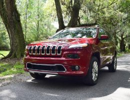 2016 Jeep Cherokee Overland 4×4 V6 – Road Test Review