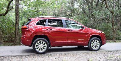 2016-jeep-cherokee-overland-4x4-10