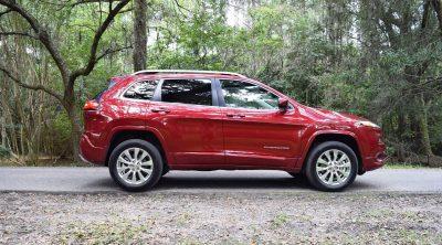2016-jeep-cherokee-overland-4x4-11