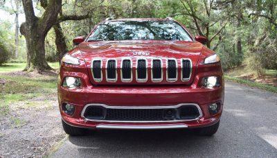 2016-jeep-cherokee-overland-4x4-12